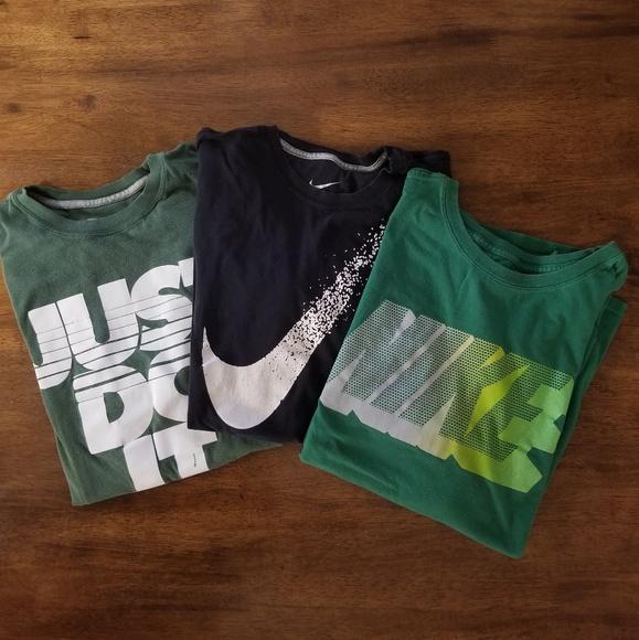 Nike Tops - NIKE 3 Tshirts